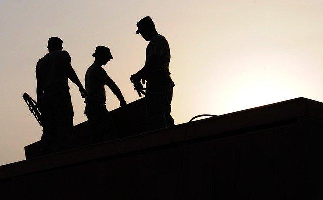 workers-659885_640.jpg